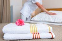 Pokojówka praca w Niemczech przy sprzątaniu hotelu na wyspie Rugia