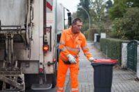 Od zaraz bez języka fizyczna praca Niemcy pomocnik śmieciarza 2019 Berlin
