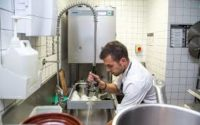 Niemcy praca bez języka w restauracji jako kelnerka/pomoc kuchenna 2019 Stuttgart