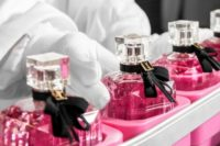 Bez znajomości języka Niemcy praca przy pakowaniu perfum od zaraz Lipsk 2020